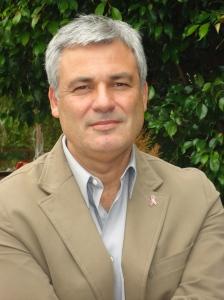 Dr.Miguel Pedrola